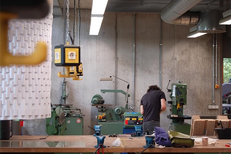 Bau der selbstentwickelten Studio-Leuchten