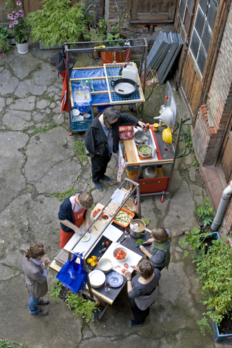 Eine Küche Im Hinterhof