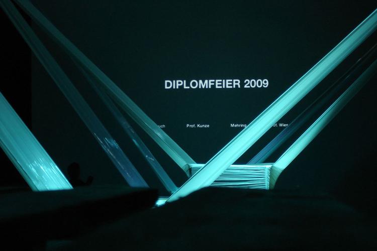 http://superquadra.net/files/gimgs/7_hsrm-wiesbaden-diplomfeier-superquadra-stock-01.jpg